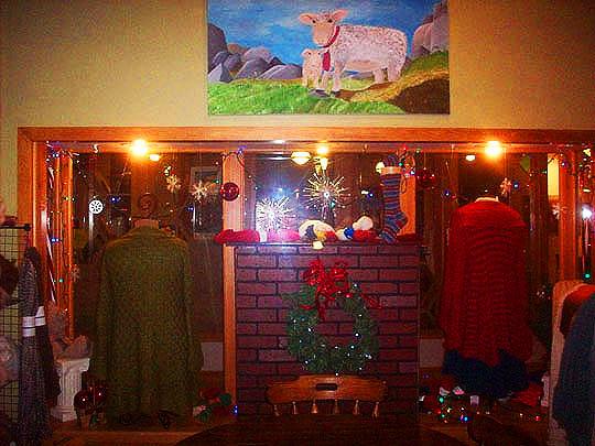 3. decorationsfu_Dec4.jpg