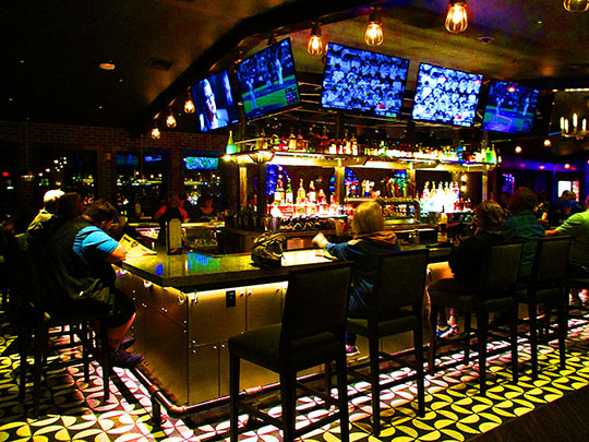 Saturday Night @ Tin Lizard Bar & Grill — Meanwhile, Back ...