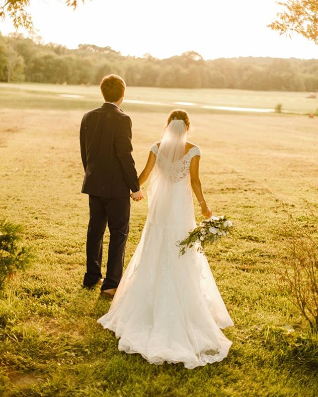 @gracevalleyfarm has some of the most beautiful spots for a wedding venue!