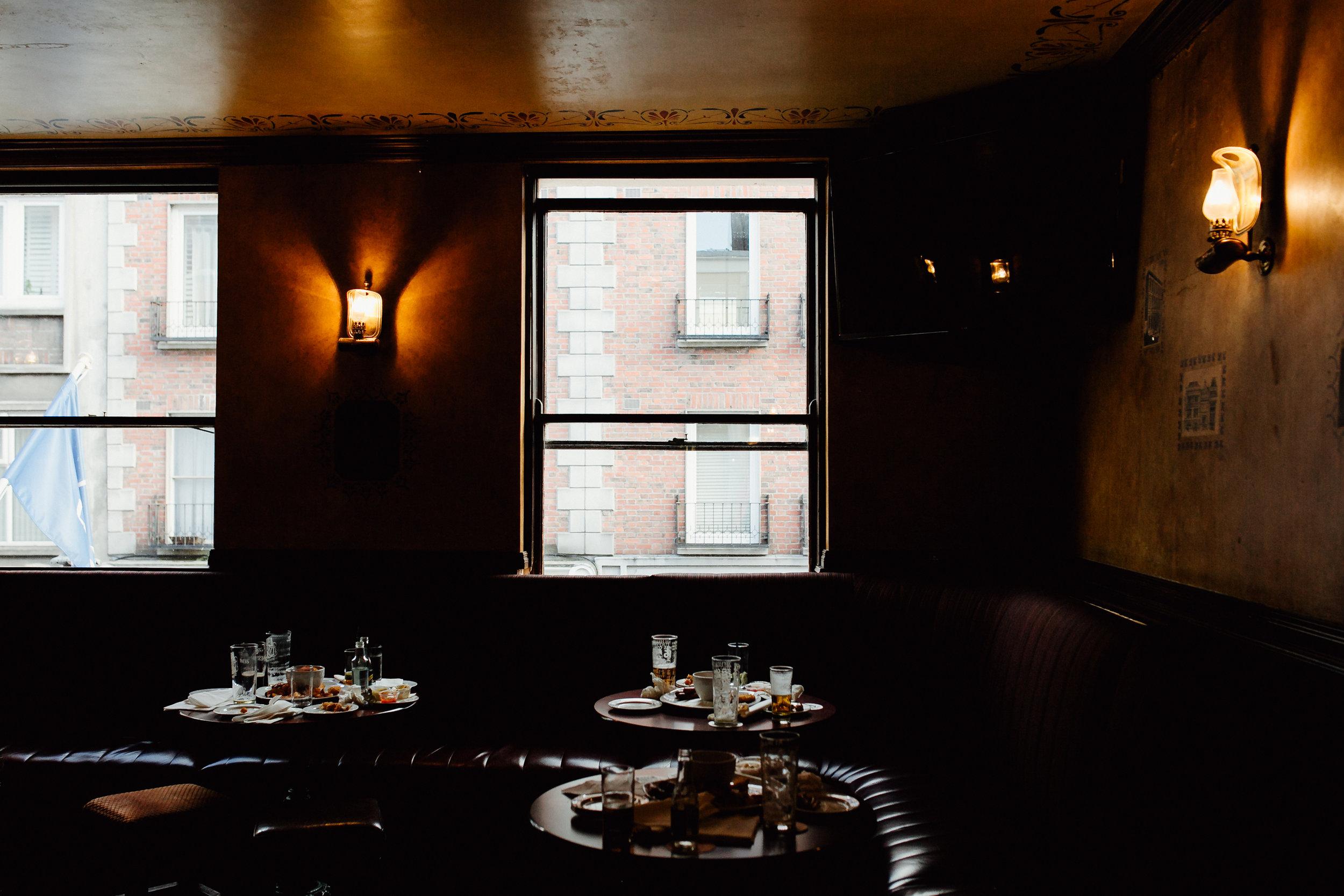 Dublin-Literary-Pub-Crawl-The-Duke-Pub
