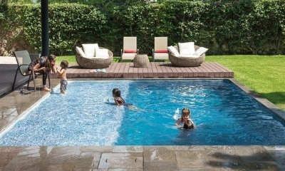 Location of your pool helps to keep kids safe.