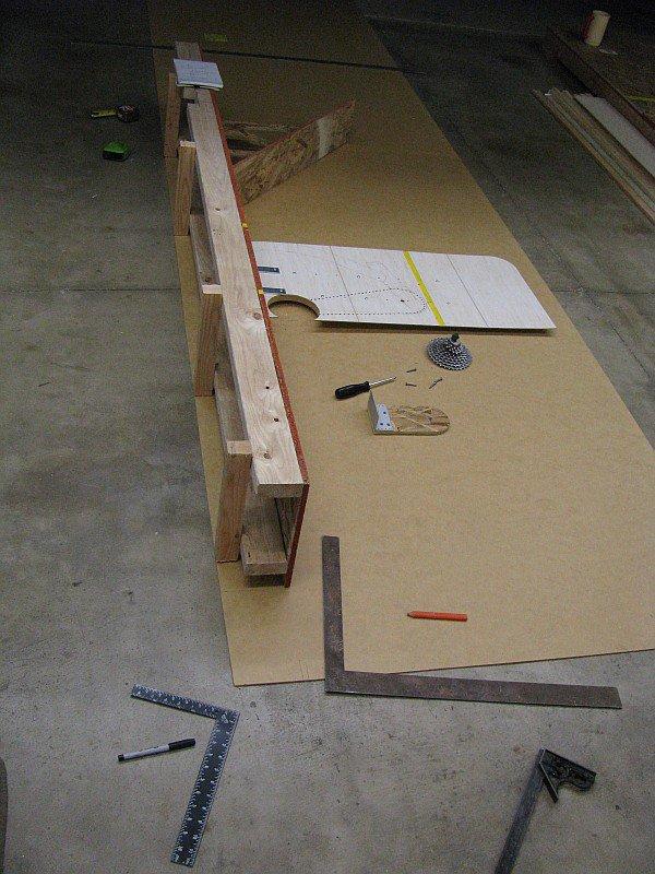 2011-08-03 floor drafting table.jpg
