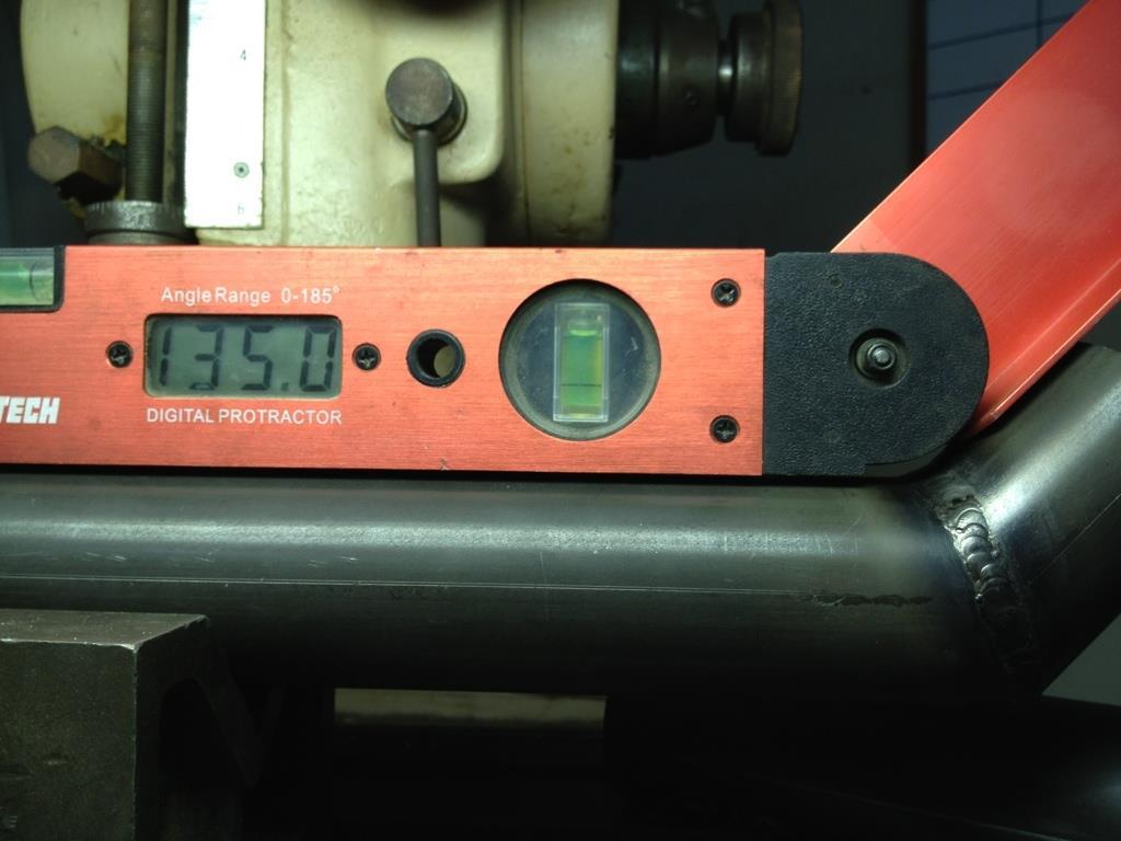 2012-06-13 03 streamliner subframe angle measurement.jpg