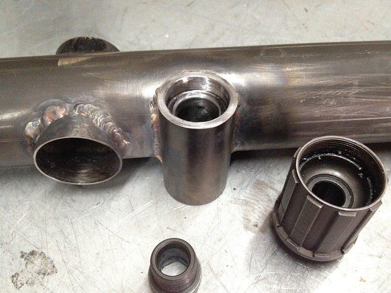 2012-07-30 02 streamliner subframe welded jackshaft support.jpg