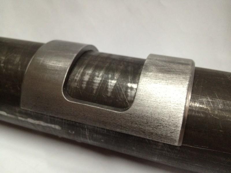 2012-08-02 05 streamliner subframe pinch clamp.jpg