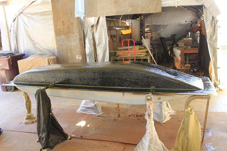2012-08-27 16 body tooling 1st layup 1 ounce fiberglass mat.jpg