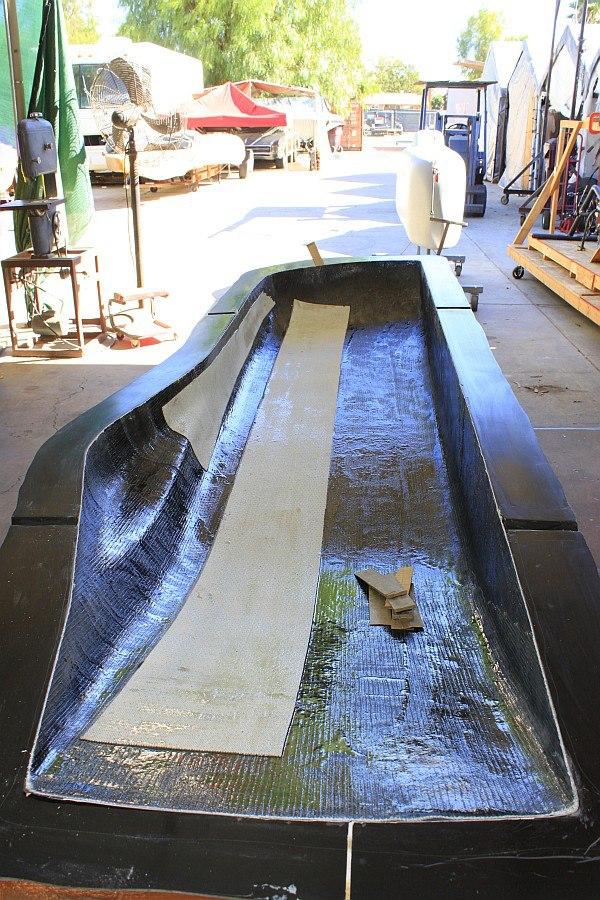 2012-09-01 07 removing streamliner body from mold.jpg