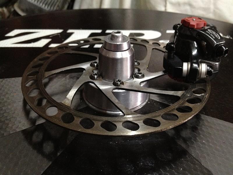 2012-09-05 07 Zipp 870 carbon wheel disk brake adapter.jpg
