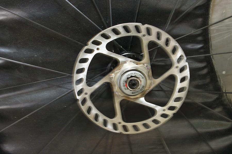 2012-09-09 11 disk brake rotor cassette adapter rear wheel.jpg