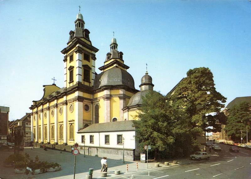 Die ehemalige Hof- u.Jesuitenkirche und heutige Dominikanerkirche,die Heimat des Chors.