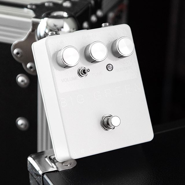 Custom Shop Whiteout Big Green with knurled aluminum knobs, a green fresnel lens LED, and a white DC jack ⚡️ In-stock and ready to ship at http://arc-effects.com/in-stock