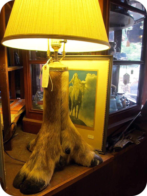 foot lamp.jpg