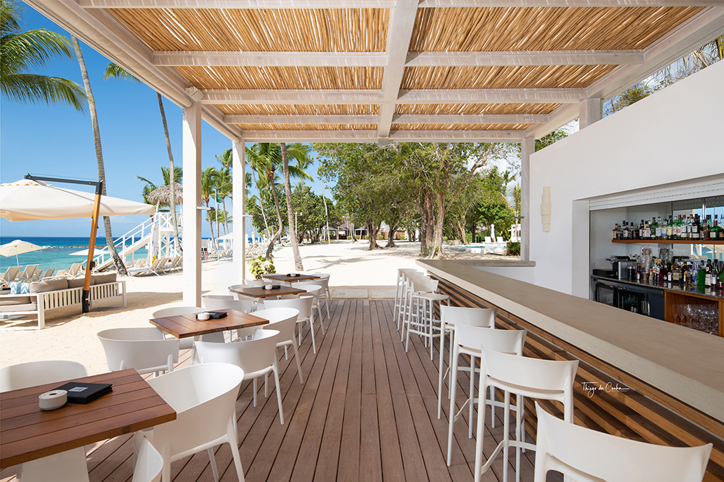 dominican-republici-beach-bar.jpg