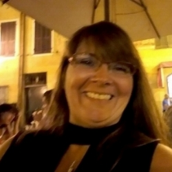 Cindy Mitchell.jpg