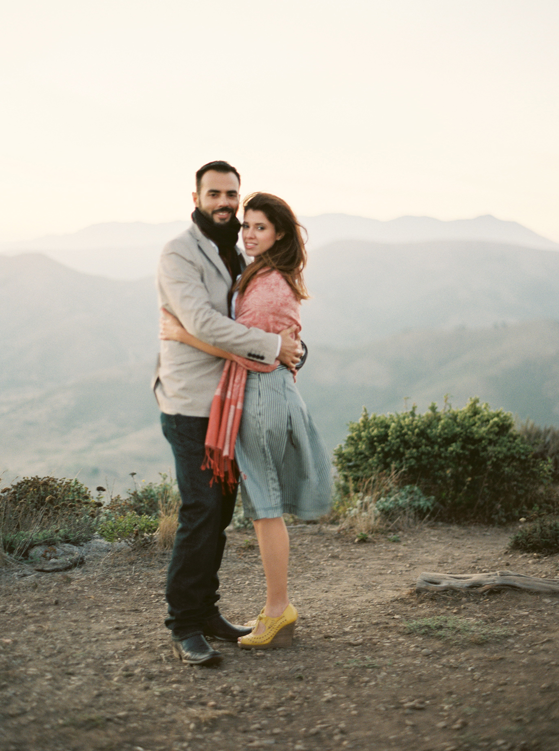marin-headlands-engagement-session-luis-cecilia-10.html