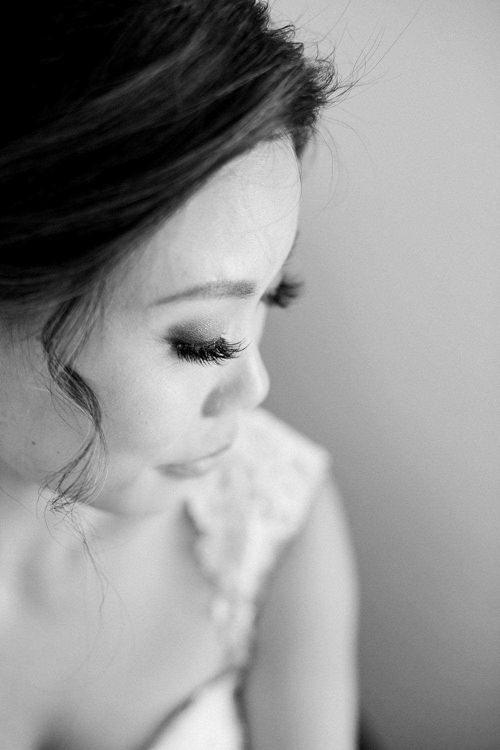 black and white wedding photography of bride from her wedding at eagle vines golf club in napa california