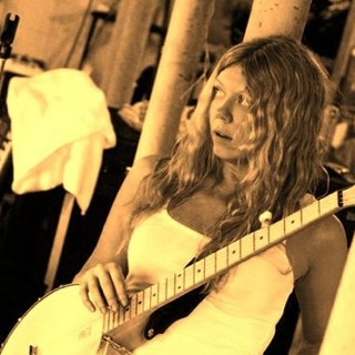Julea & Her Dear Johns – July 12, 2013 – Red Light Café, Atlanta, GA