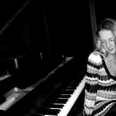 Laura Mustari — August 26, 2013 — Red Light Café, Atlanta, GA