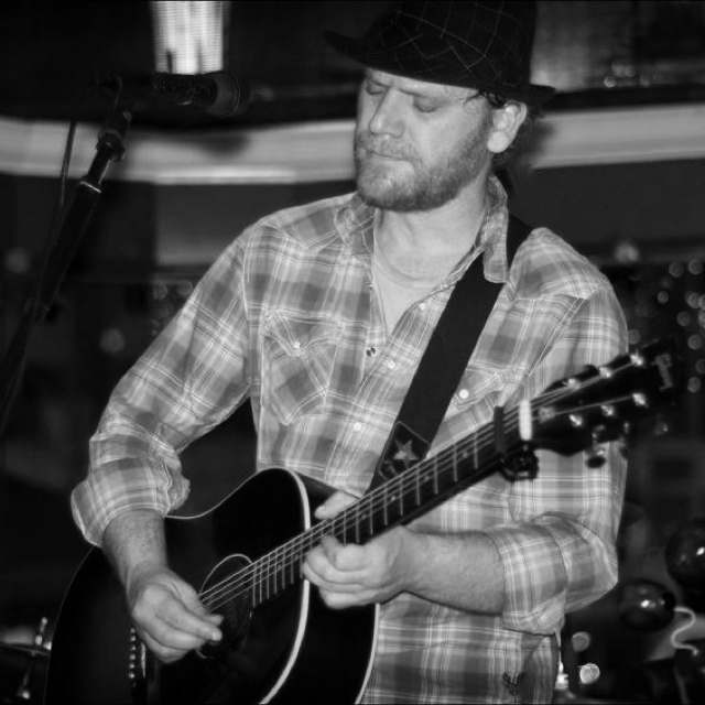 Jason Marcum — April 11, 2015 — Red Light Café, Atlanta, GA