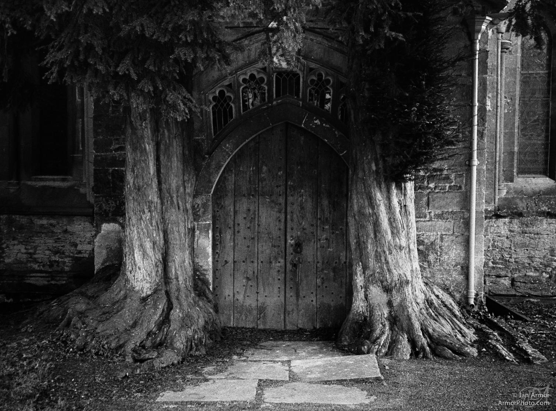 churchdoor1-v2.jpg