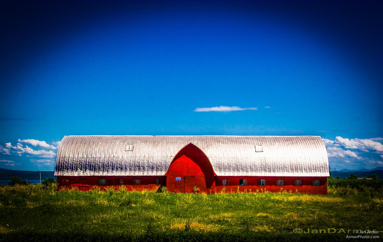 Red Barn Vermont_2886.jpg