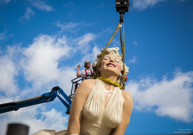 Marilyn Monroe Comes Undone