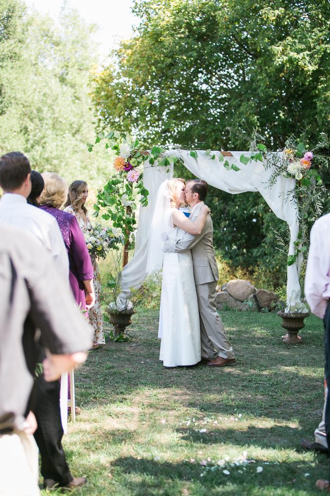 HEALDSBURG VINEYARD WEDDING MARIA VILLANO