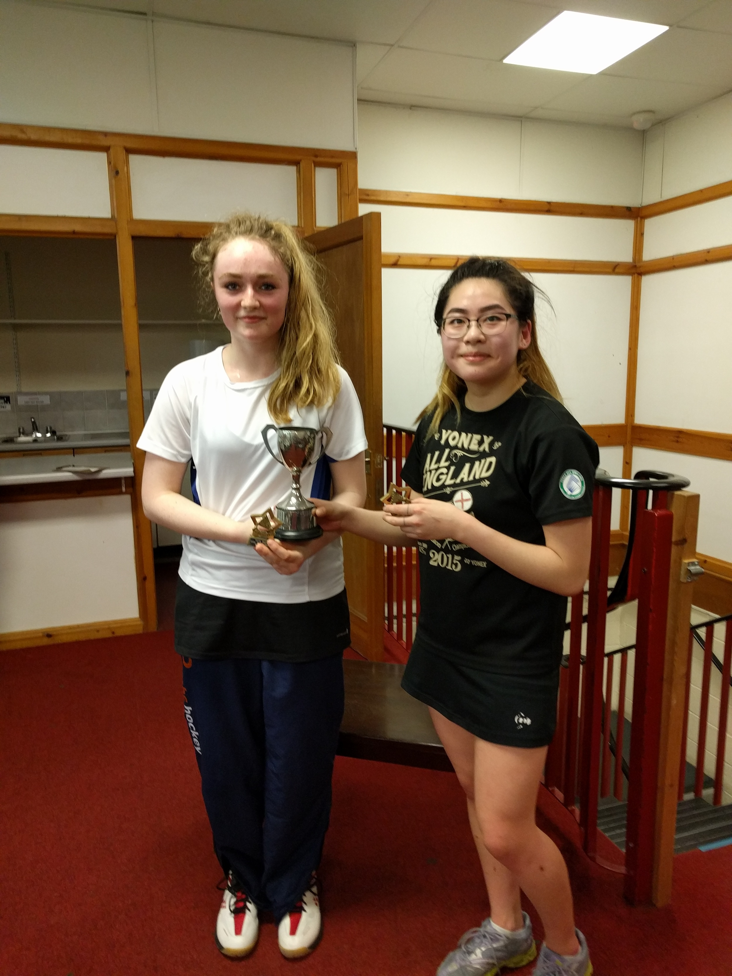 U19 Girls Doubles Winners: Amy Zhang & Eve Lauder