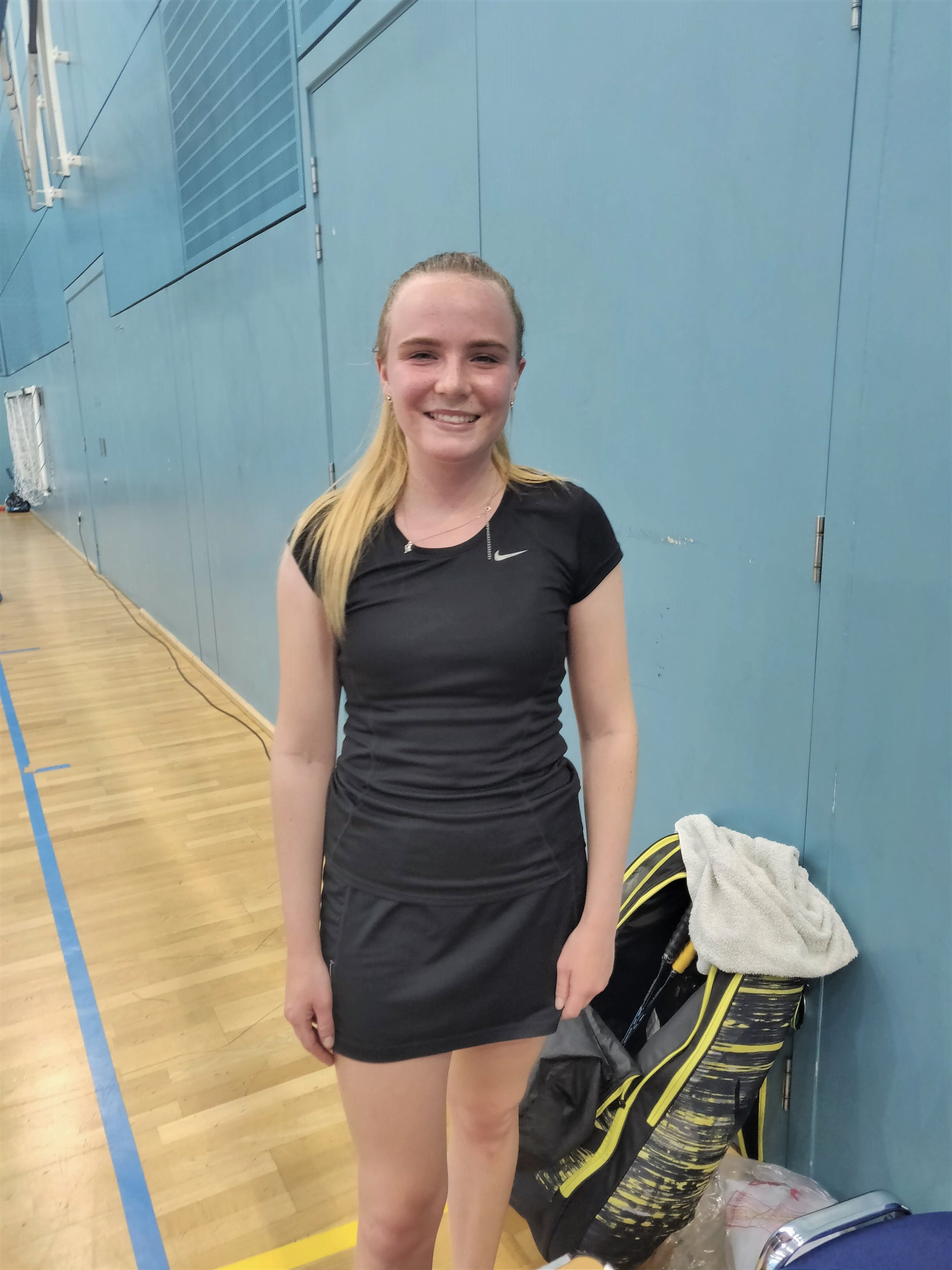 Women's Singles Winner: Holly Smith