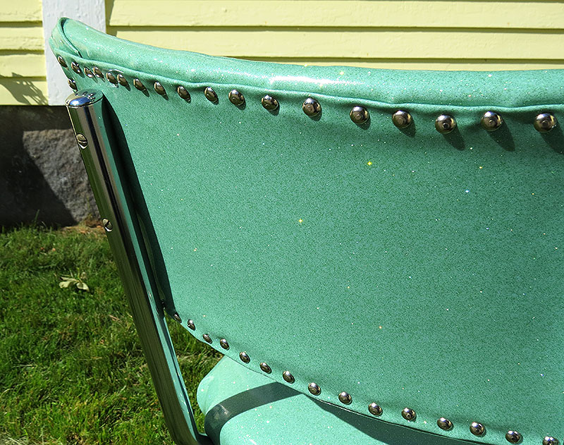 Close-up of the back, with the metal upholstery tacks