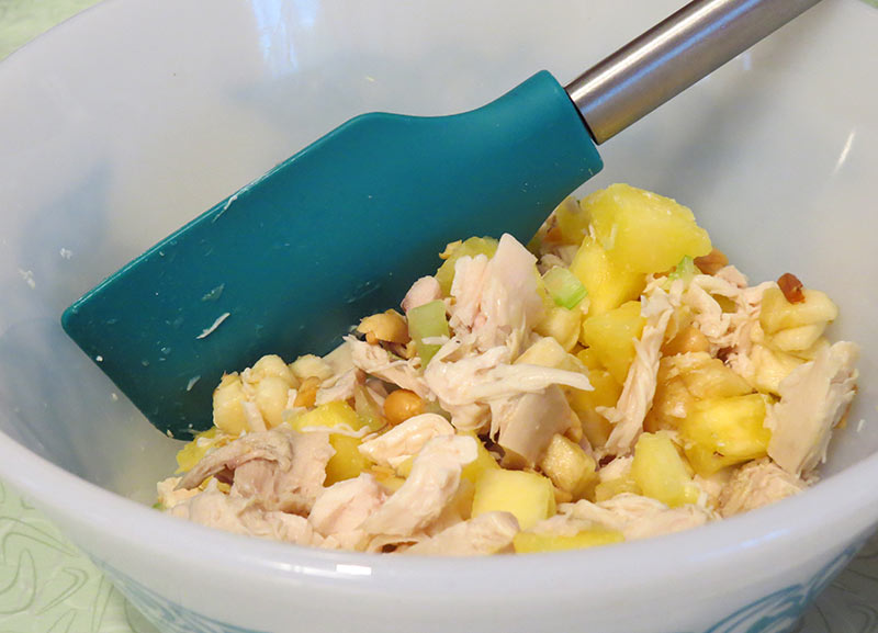 Chicken salad before adding the mayonnaise mixture