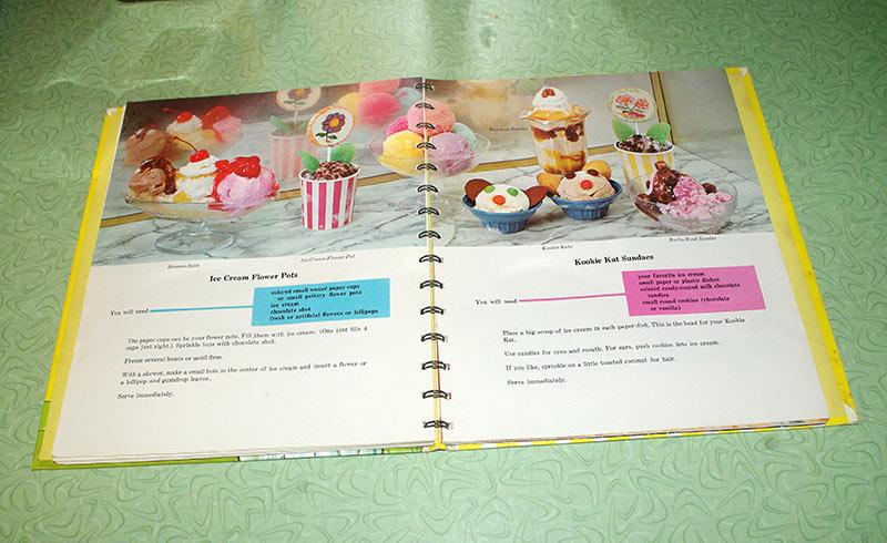 The recipe for Kookie Kat Sundaes