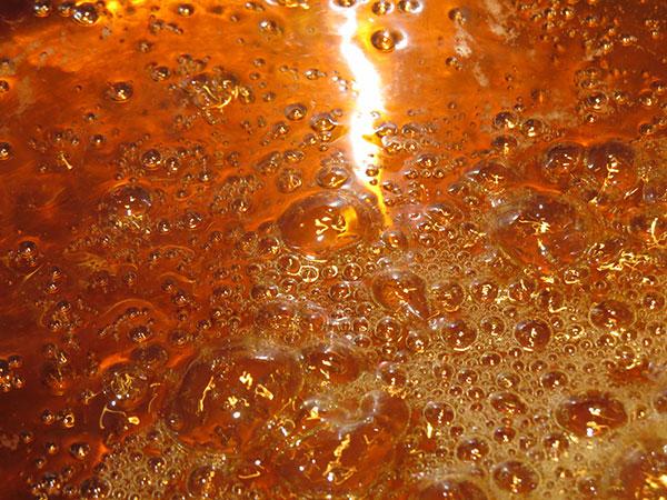 Molten hot sugar