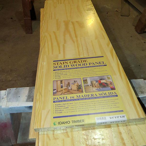 The laminated wood panels used for the shelf