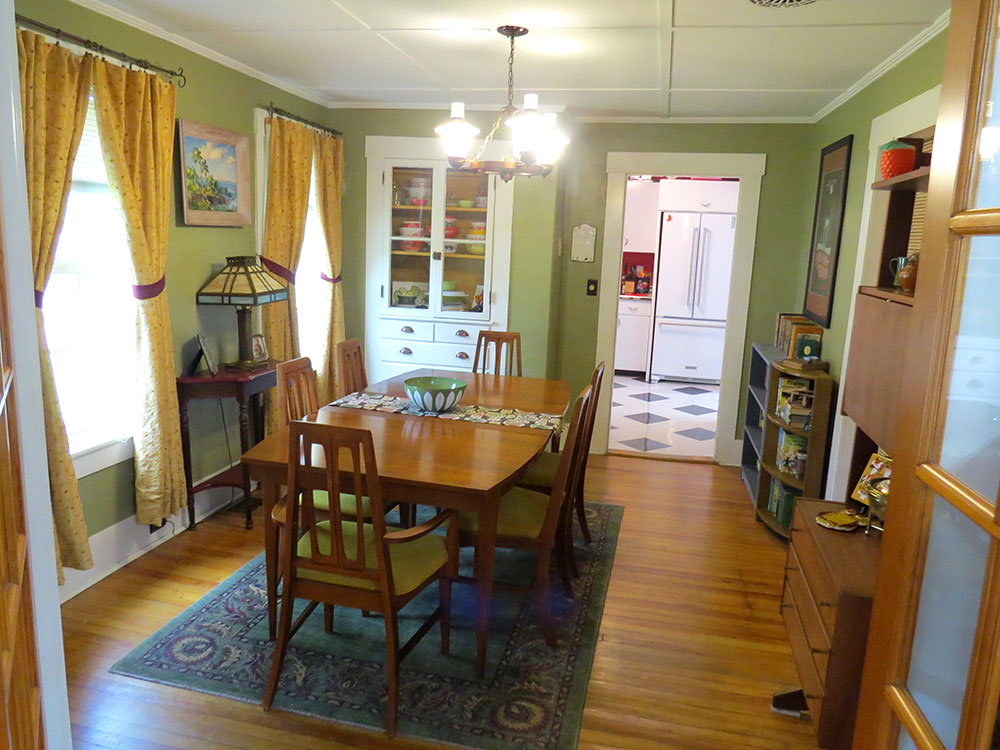 Our original dining room, which admittedly doesn't look that different from the final version.