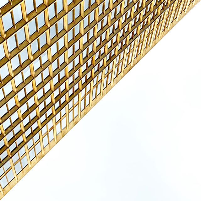 Golden Frames 🖼 #gold #facade #Berlin #architecture #diagonal_symmetry #archilovers #triangle #lookup #architexture