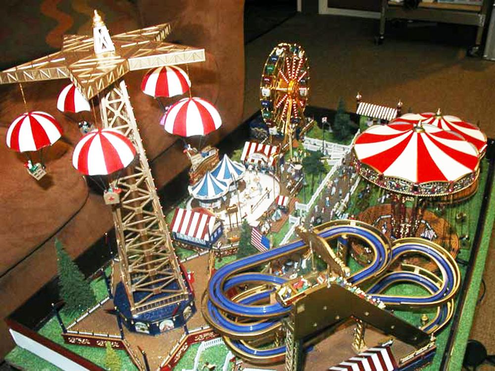 Christmas-Diorama-Carnival-#6.jpg