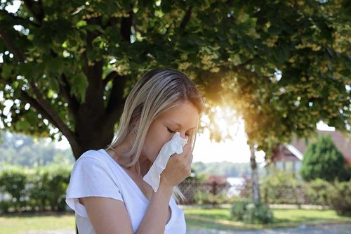 Allergies, hay fever and sinusitis can improve without medication