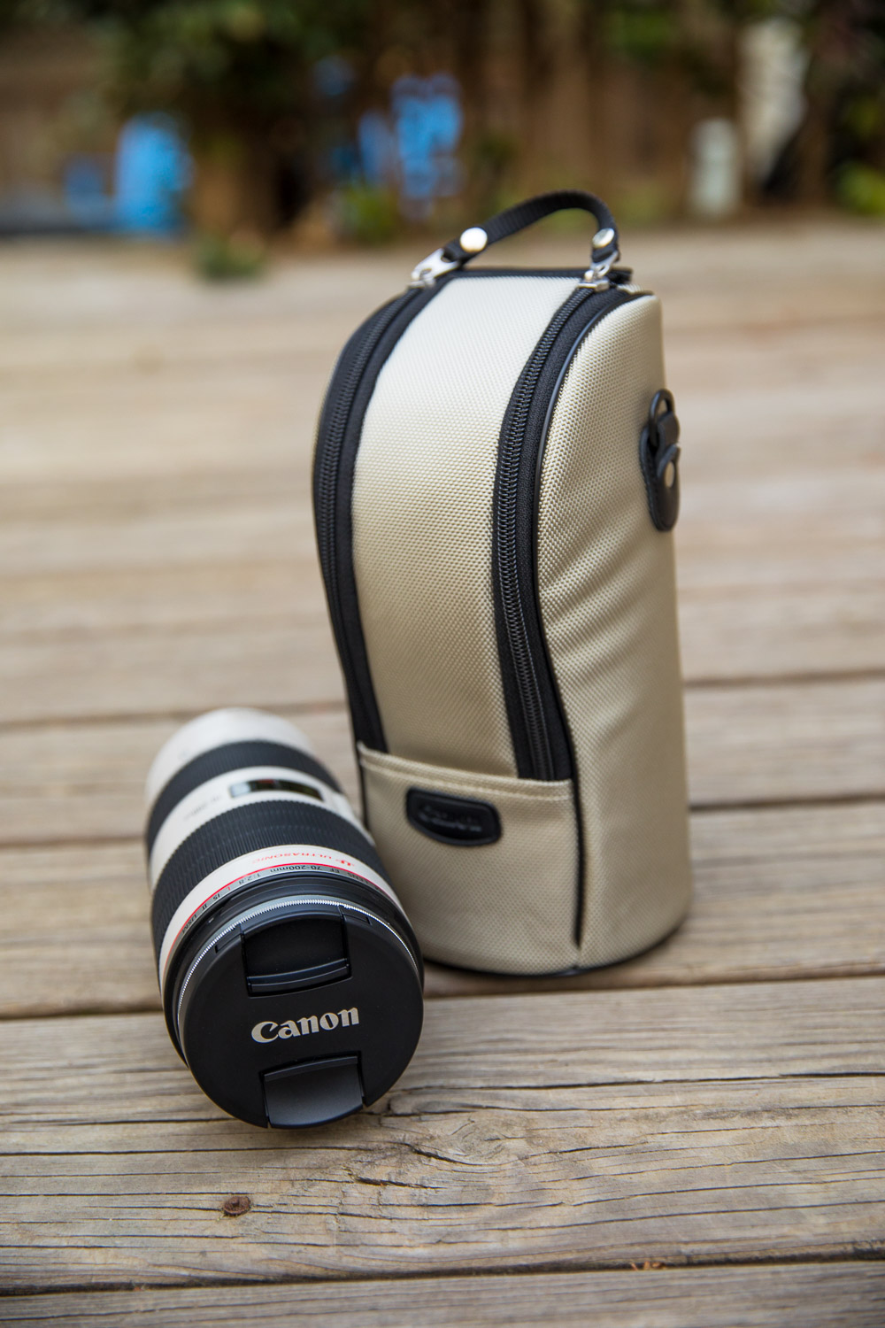 You know you've got a fancy lens when it comes with its own carrying case, ha!