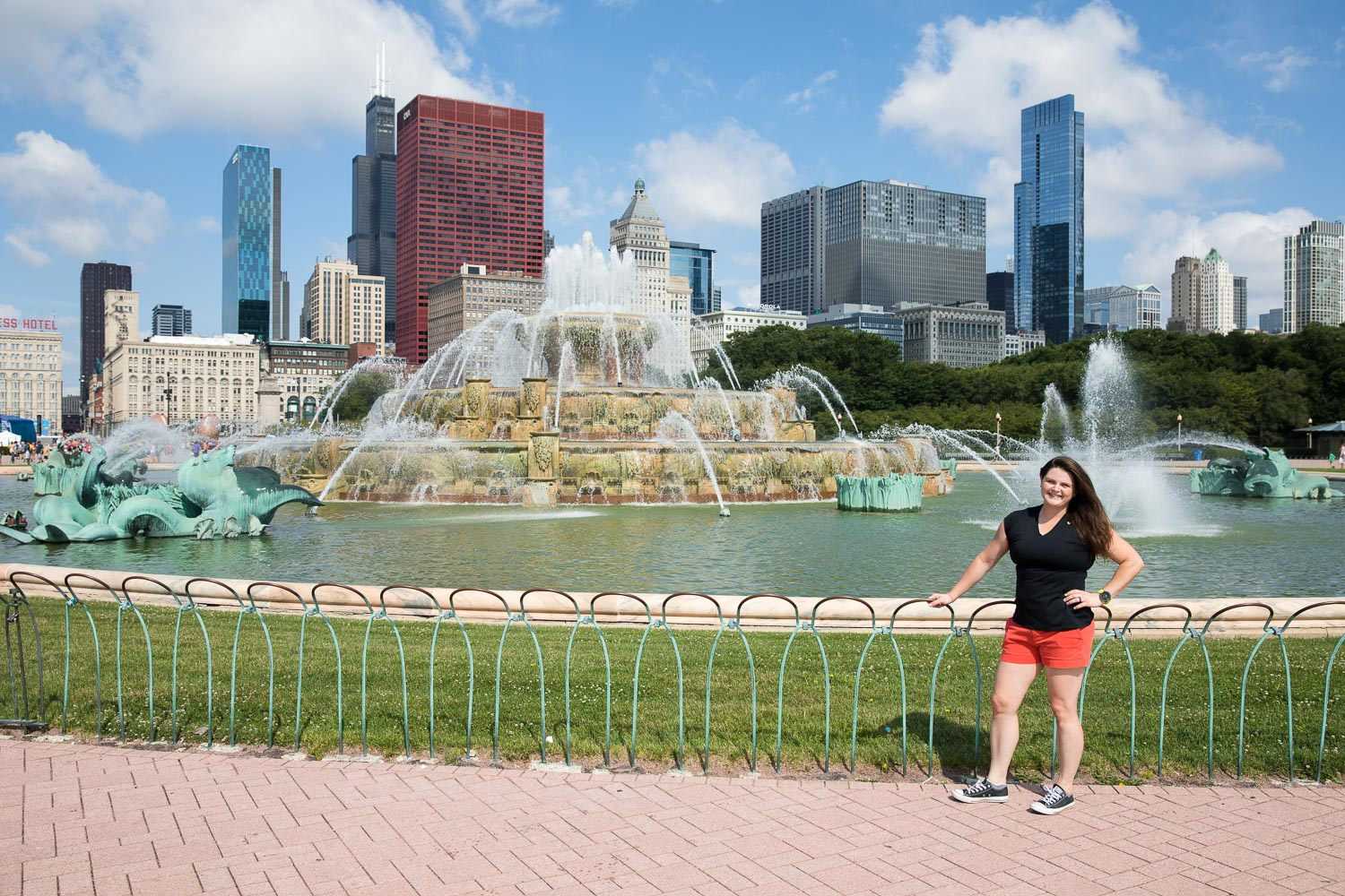"""Buckingham Fountain in Chicago. """"Liz, do you have your camera on some crazy non-automatic setting again?"""" """"Yes, but it should be fine, just press the button."""" """"Which button?"""" """"That big one."""" """"This one?"""" """"No, the other one."""" """"Okay."""" ::snap:: """"How does it look?"""" """"You didn't focus it!"""" """"Well, Liz..."""" ...10 minutes later we got this shot..."""