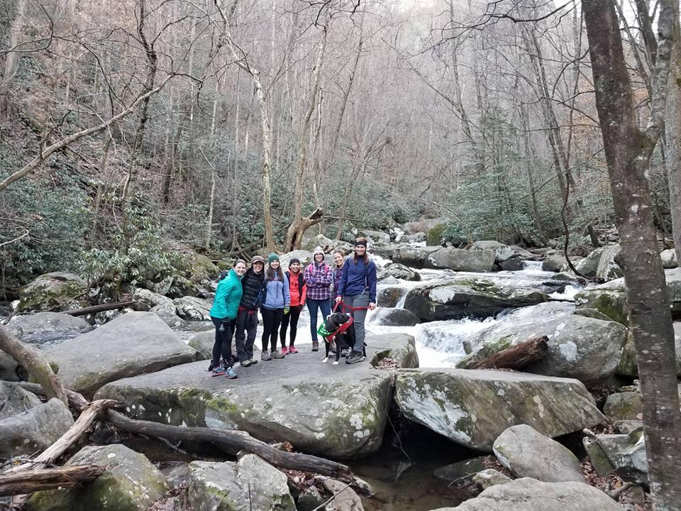 Girls Who Hike meetup; photo credit: Rachel Shannon