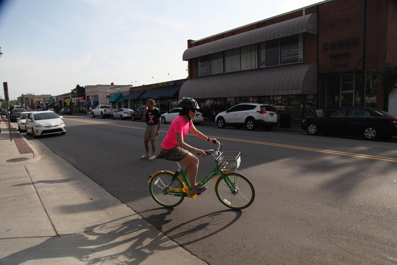 Lauren starting off on biking leg. Photo courtesy of Michael Peace.