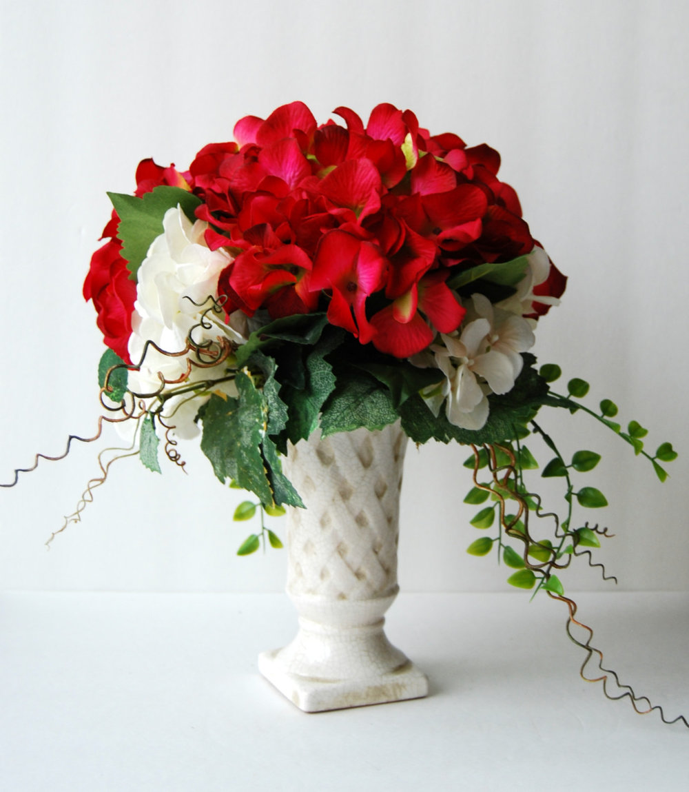 Silk Floral Arrangement Red And White Hydrangeas Artificial Hydrangeas Classic Flower Arrangement Classic Flowers Hydrangea Arrangements Floral Designs By Alka