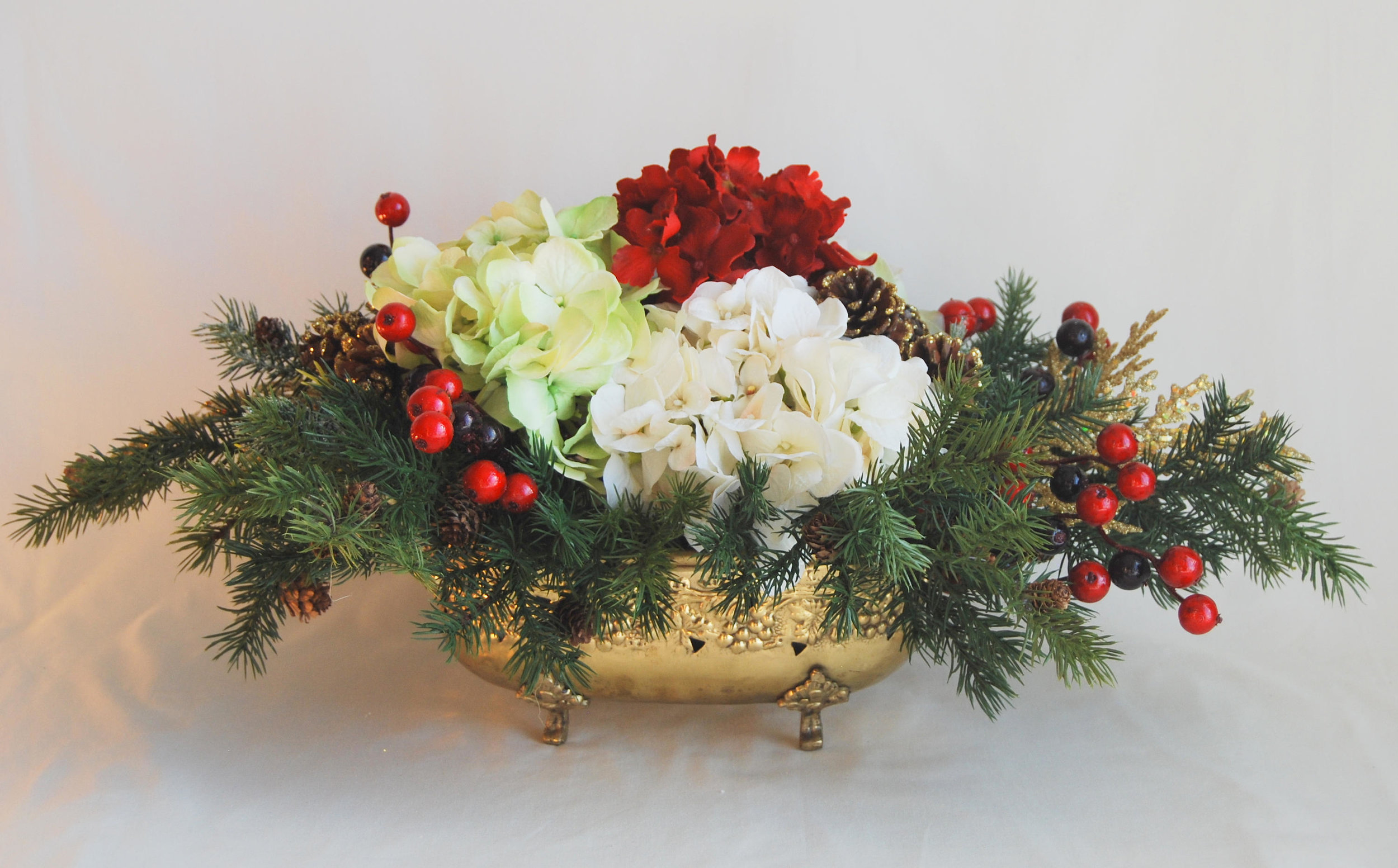 Christmas Flower Arrangements Artificial.Christmas Floral Arrangement Silk Hydrangeas Berries And Evergreens In Brass Vase Floral Designs By Alka