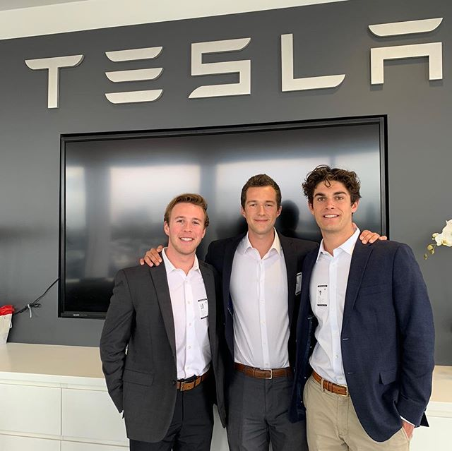Beta Theta Pi brothers involved in the SIBC presented their final deliverable to executives at Tesla Motors headquarters this weekend in Fremont, CA. Congratulations on finishing a consulting project that took about six months! 🚘⚡️