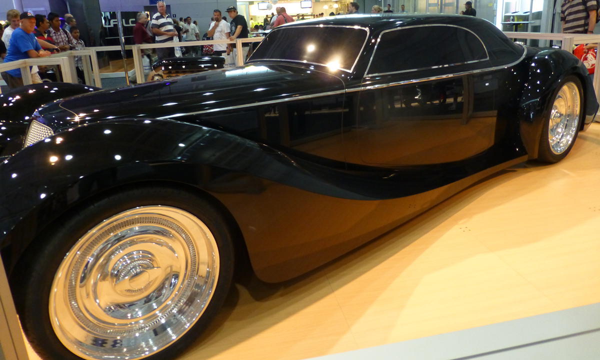 A concept car that I think looks like the Great Gatsby meets the Dark Knight.