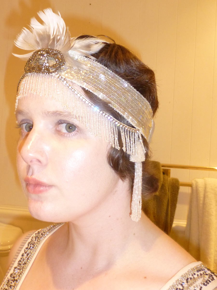 Close up of my fab headpiece and hairstyle