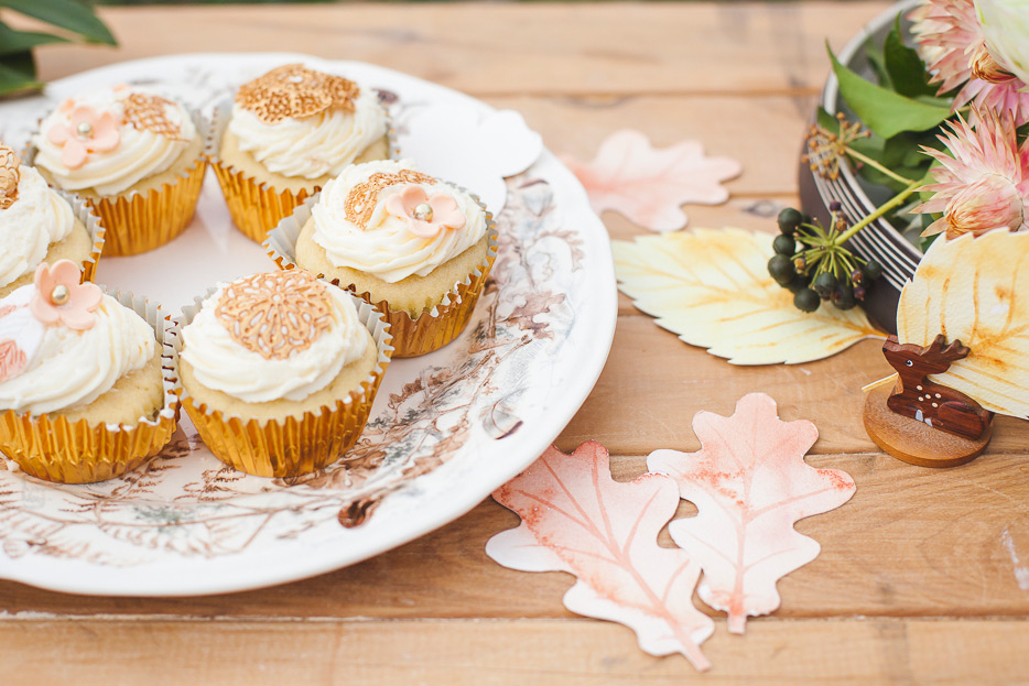 All the romantic textures of buttercream and lace complementing the watercolour designs.