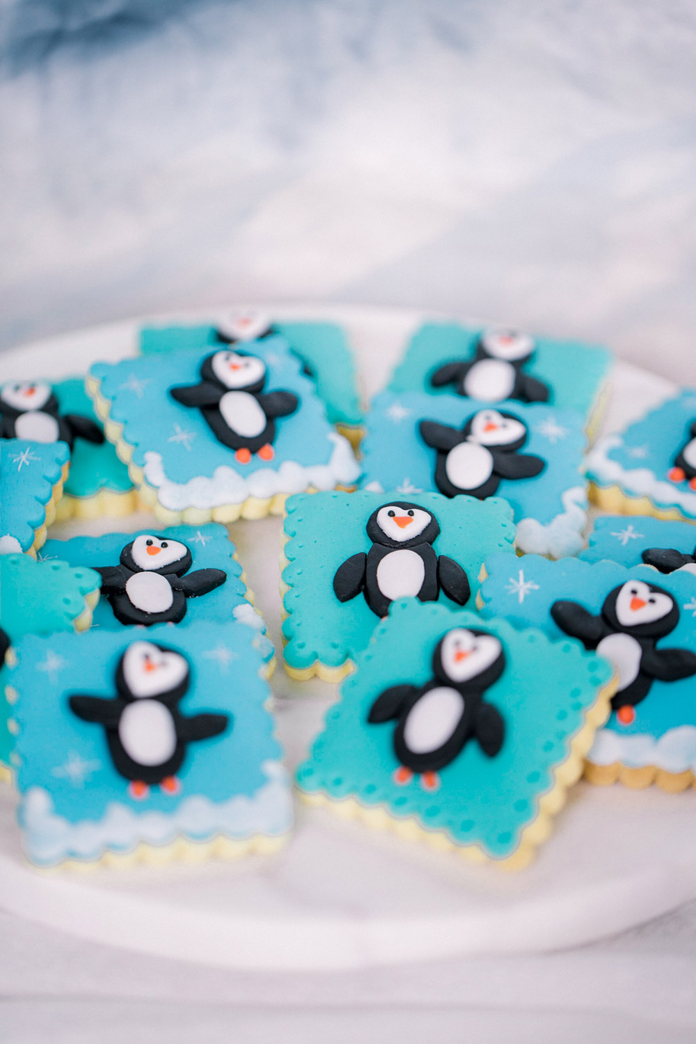 penguin-decorated-sugar-cookies.jpg