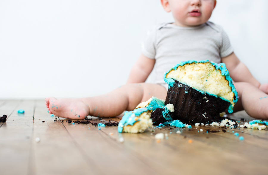 Evan 1st Birthday- Cake Smash Session 2013 TNP-157.jpg